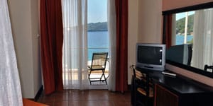 golden-view-hotel-double-room-superior